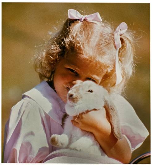 Prinsessan-Madeleine-med-sin-Kanin-Snuffy-1.jpg