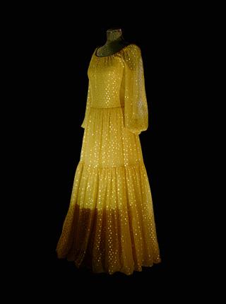 dress_1976_1.jpg